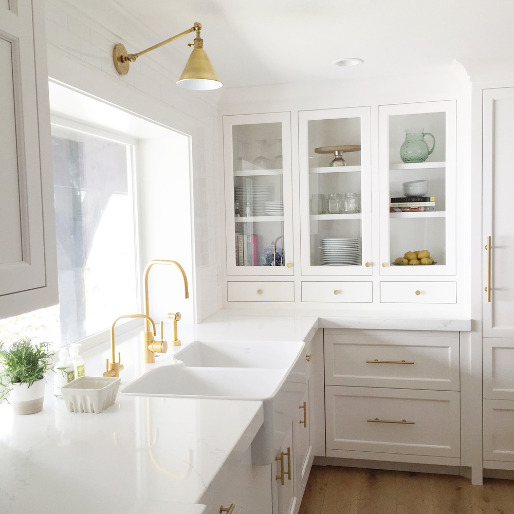Kitchen Lighting Examples: Trending: Gold Hardware In Your Kitchen