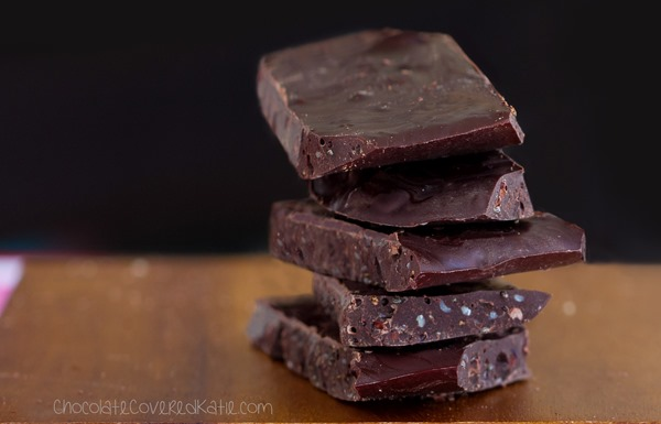 Healthy Chocolate Bars // Healthy Recipes on the GO