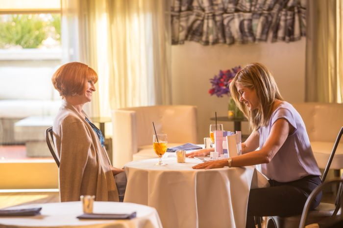 Mother's Day Movie with Julia Roberts and Jennifer Anison