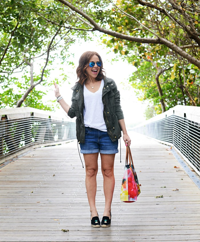 How to wear a cargo jacket in the summer - Casual Mom Outfit featured by popular Florida style blogger, The Modern Savvy