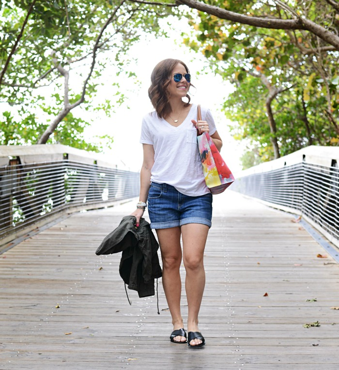 a mom's summer uniform, plus one quick shoe swap - Casual Mom Outfit featured by popular Florida style blogger, The Modern Savvy