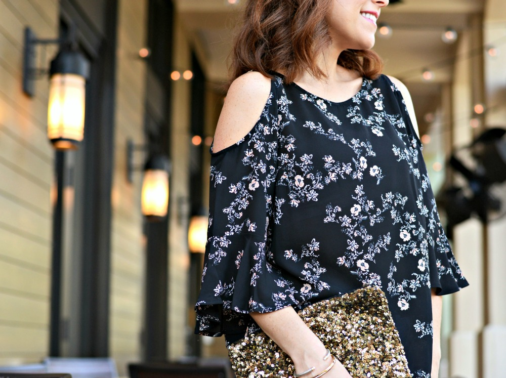 why cold shoulder blouses are best for the bra situation // the modern savvy