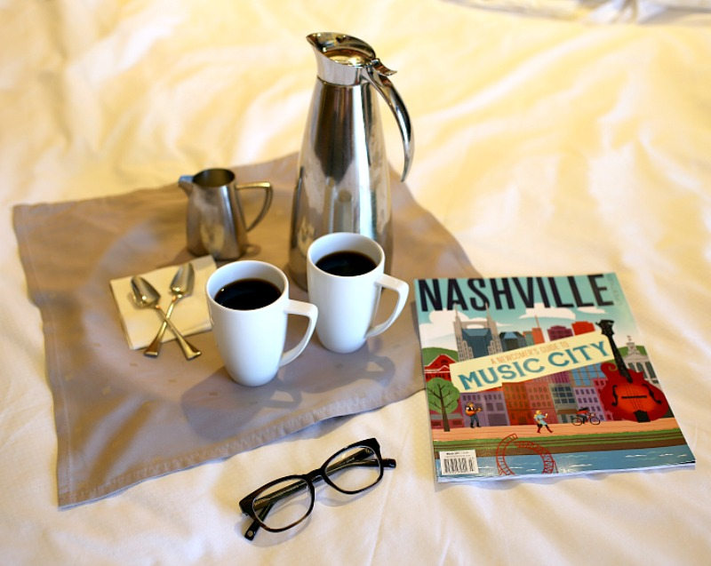 Hutton Hotel room service // hat to Eat, See & Do in Nashville - Ultimate Girls Weekend in Nashville by popular Florida lifestyle blogger The Modern Savvy