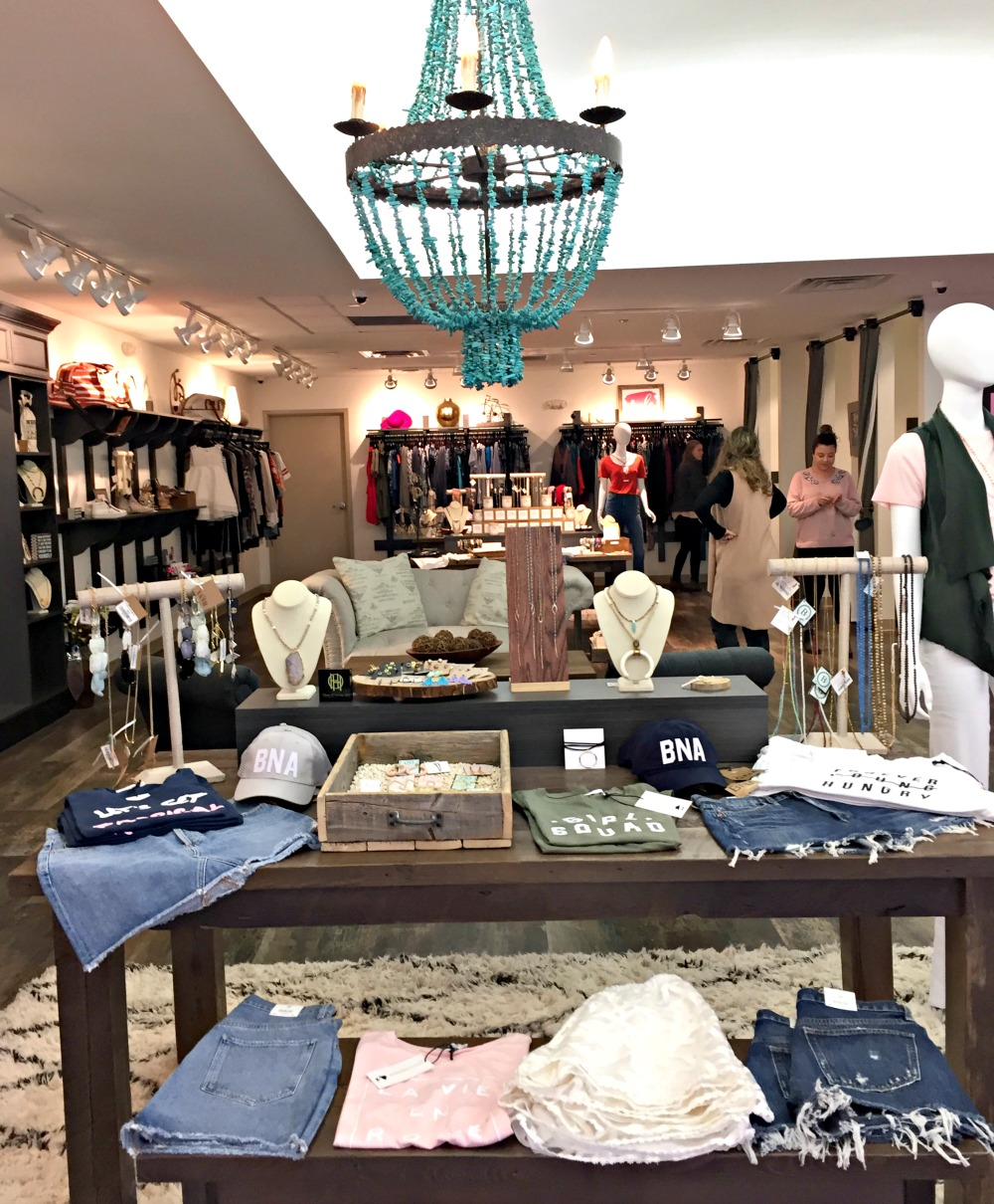 Best Nashville Boutiques // hat to Eat, See & Do in Nashville