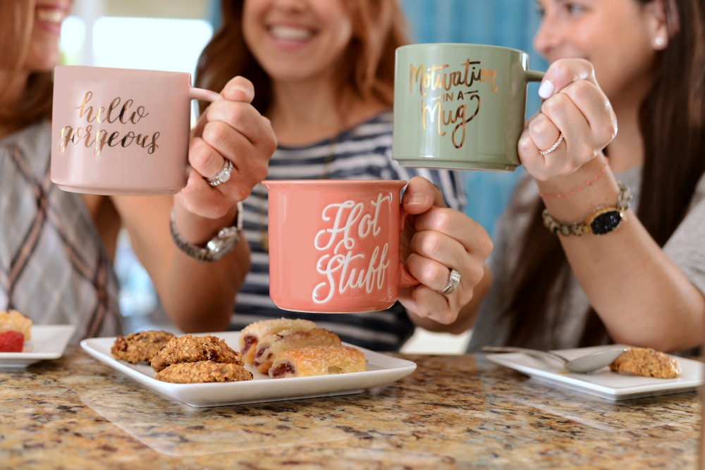 Prep your own moms coffee morning in with these easy tips (including how to make your own creamer!) // the modern savvy