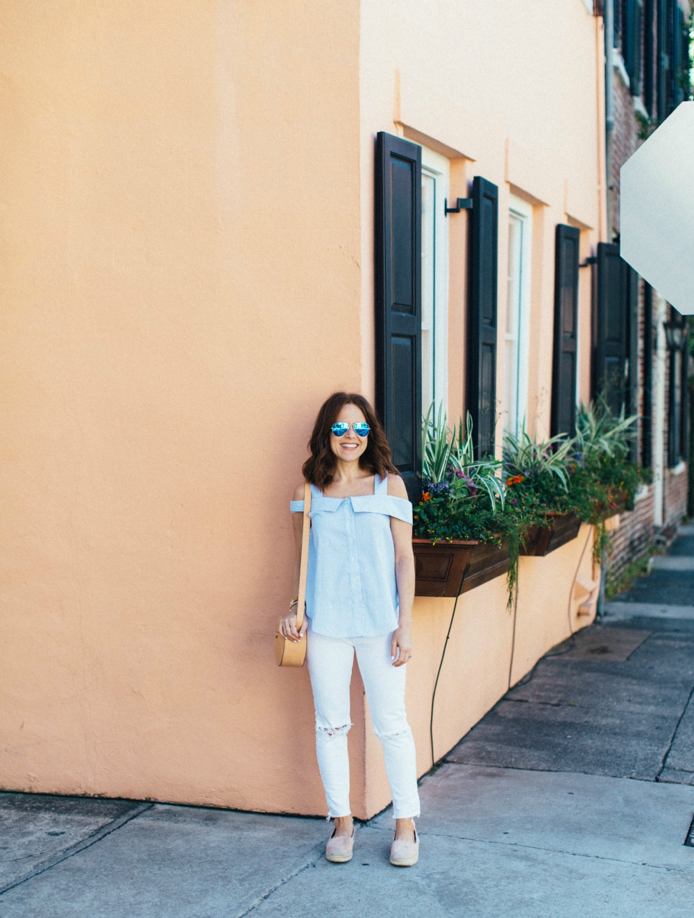 classic summer uniform in blue & white // the modern savvy, a life & style blog