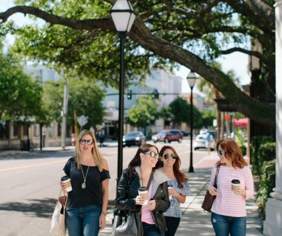 A Girls Weekend in Charleston by popular Florida travel blogger The Modern Savvy