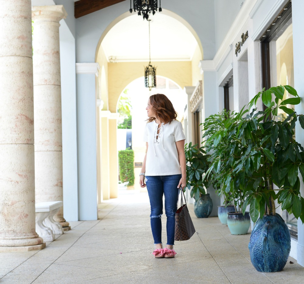 Summer style in Palm Beach (on Worth Avenue) // the modern savvy
