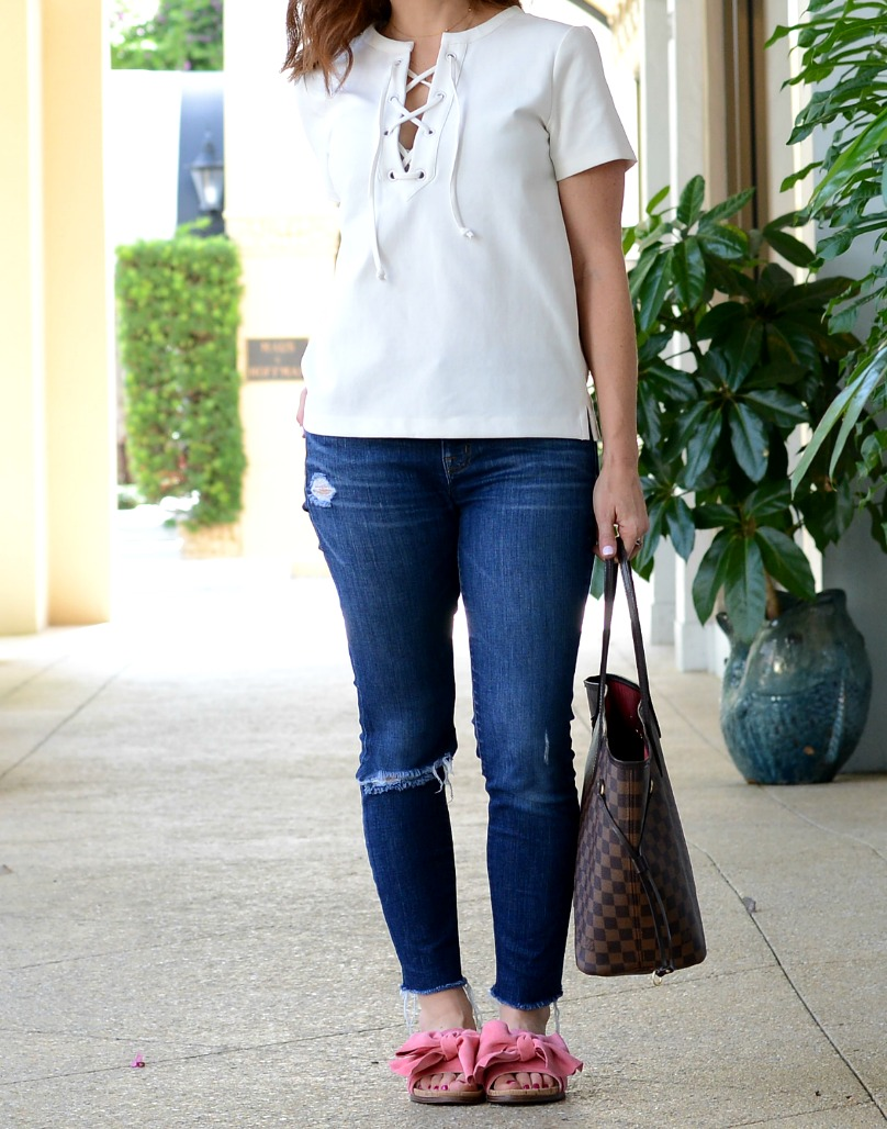 Perfect summer look -- the lace-up tee, denim & a pink bow heels // the modern savvy