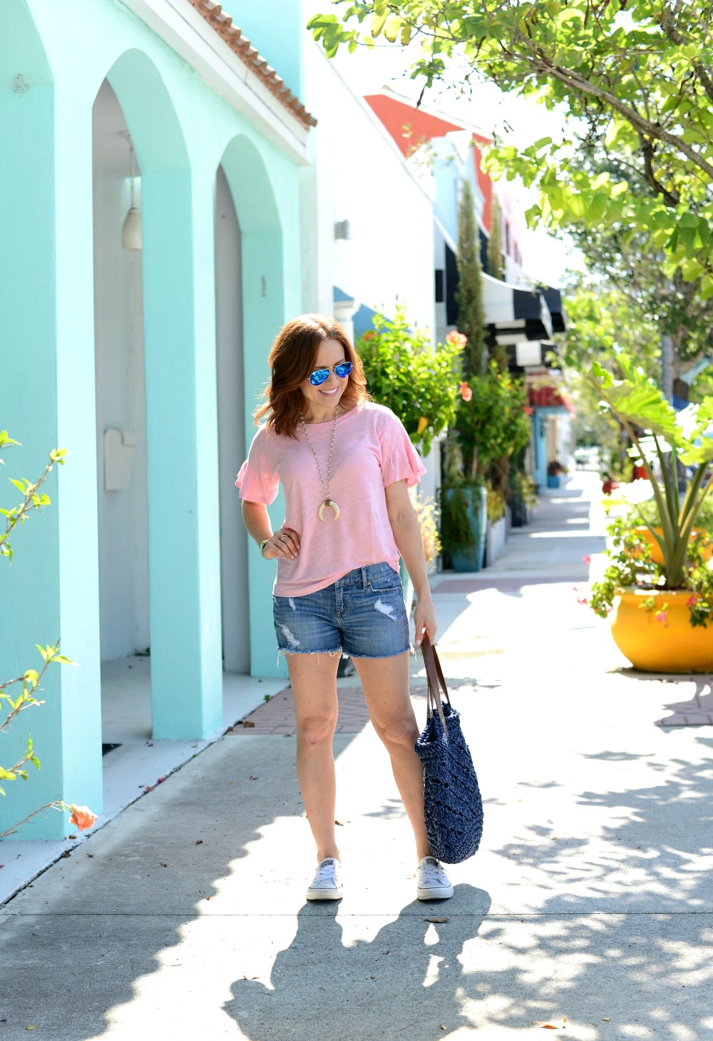 Florida blogger shares real casual style inspiration in a tee and denim