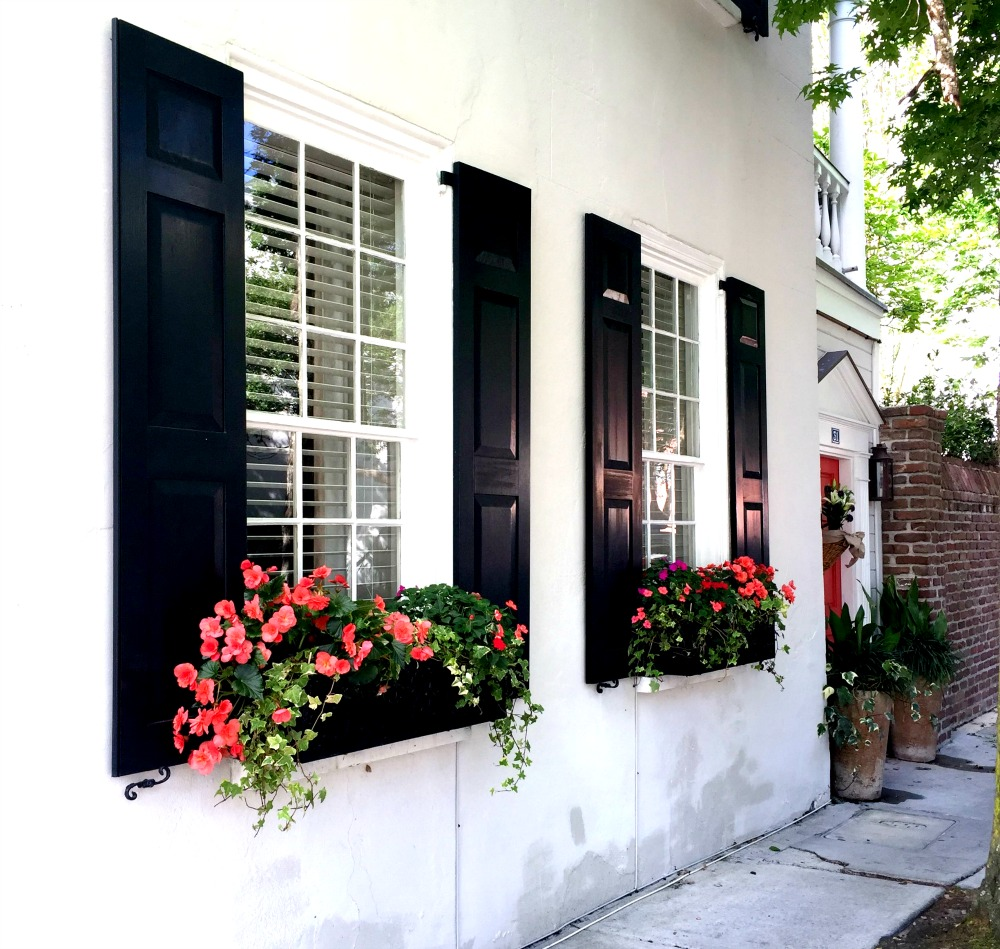 The guide to the perfect girls getaway in charleston