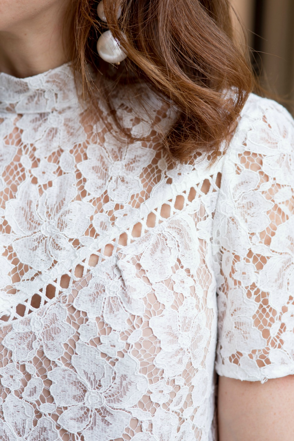 Wayf lace blouse -- prettiest details so you can wear white at night! // the modern savvy
