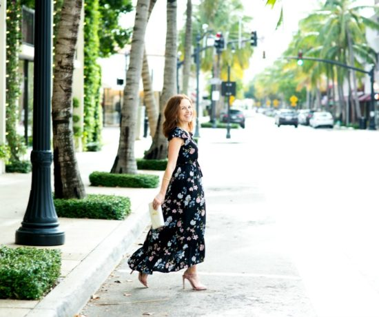 Floral maxi dress styled in Palm Beach // the modern savvy