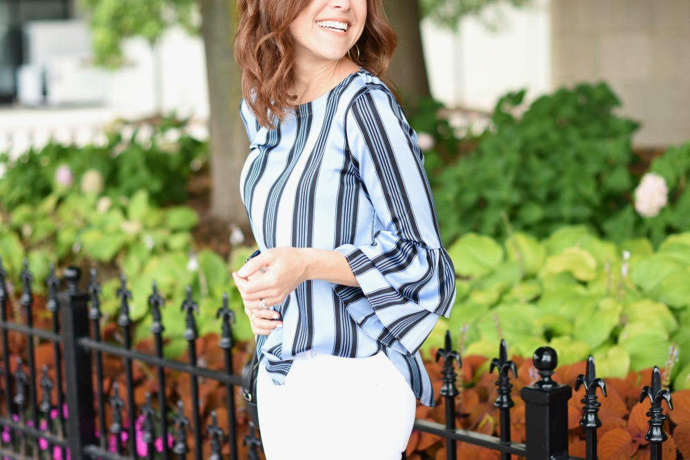 An easy, everyday way to wear the statement sleeves trend // the modern savvy