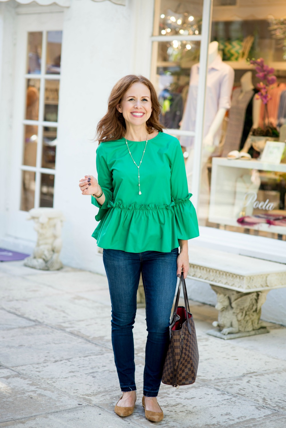 Easy outfit ideas for a work from home mom, or