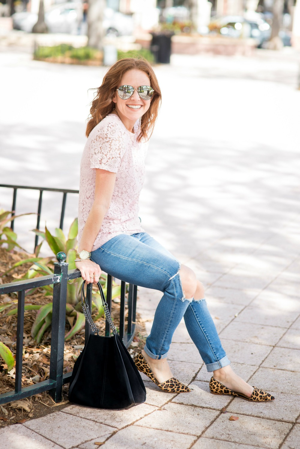 Everyday outfit perfect for a girl on the go // the modern savvy, a life & style blog
