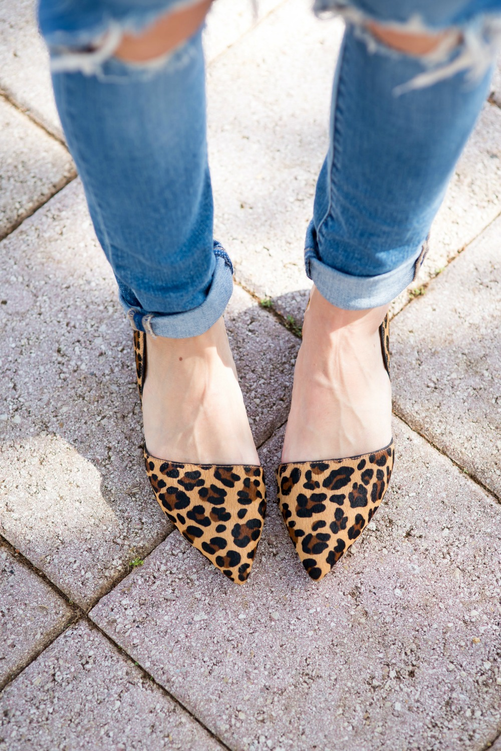 Leopard pointy toed flats