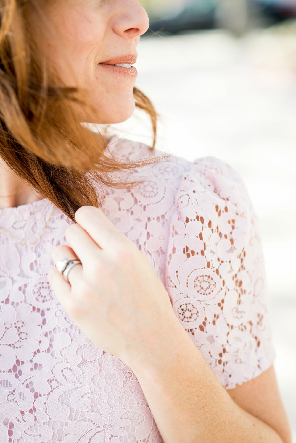 Lace blouse with puffed shoulder