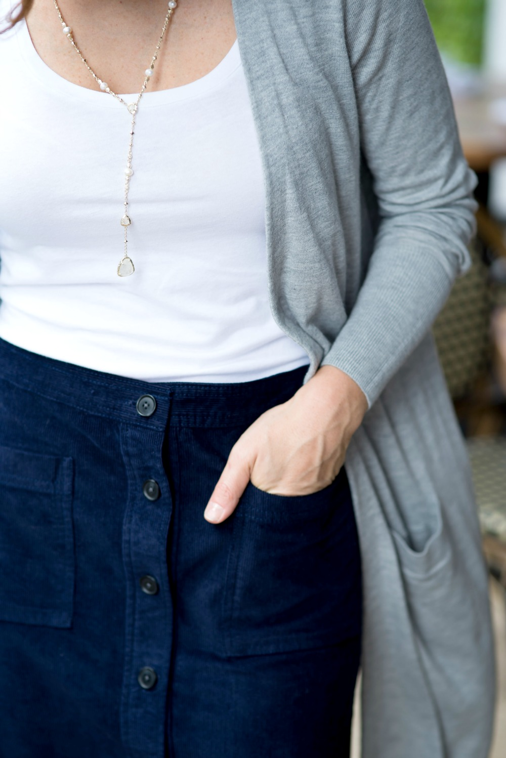 Long cardy with a skirt for work // the modern savvy, a life & style blog