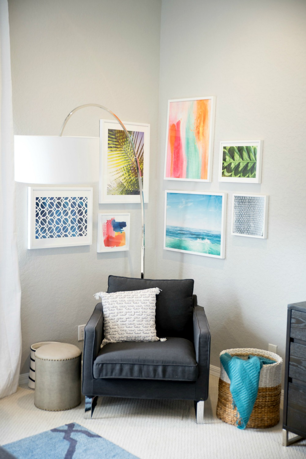 How to Create a Gallery Wall // the modern savvy