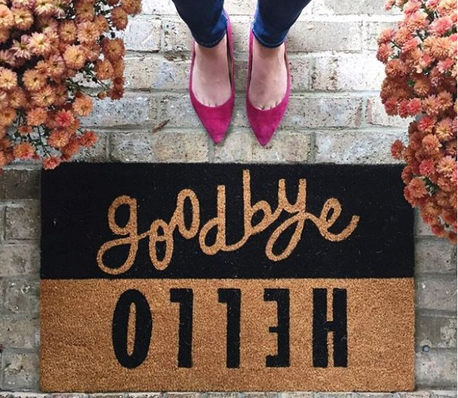 More than a dozen of the cutest door mats // the modern savvy