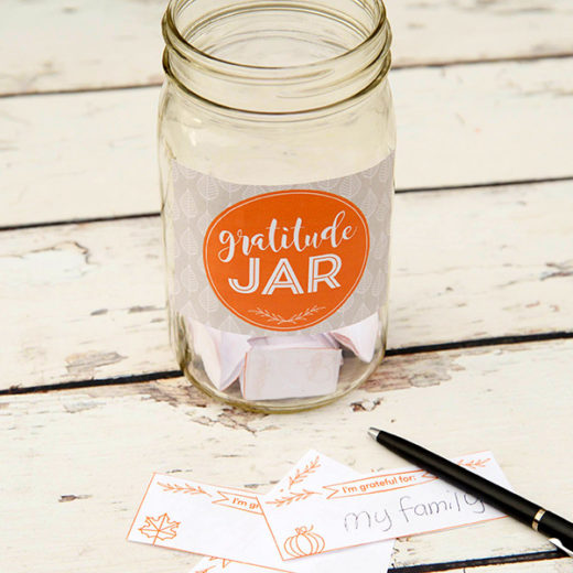 Create your own gratitude jar by popular Florida lifestyle blogger The Modern Savvy