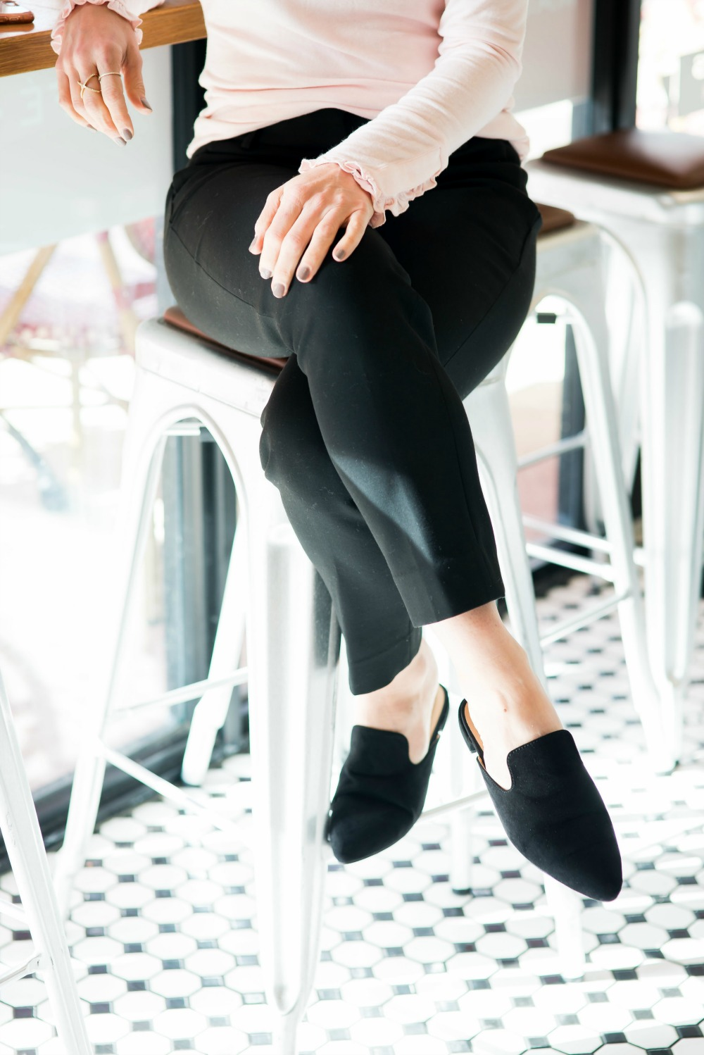 Easy workwear option with budget-friendly black mules (under $25!) // the modern savvy, a florida life & style blog - The Easiest Way to Update Your Work Outfit by popular Florida style blogger The Modern Savvy