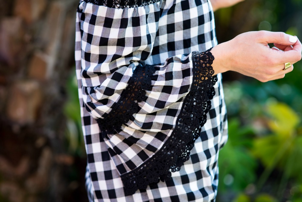 Gingham bell sleeve amazingness (for under $25!) // the modern savvy, a florida life & style blog