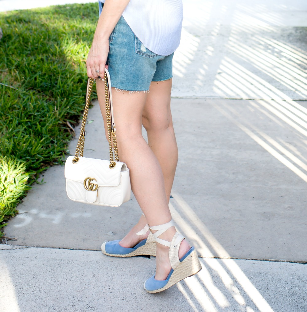 Spring style essentials: add in a white purse and espadrilles // the modern savvy - Dress Up Your Denim Shorts by popular Florida style blogger The Modern Savvy