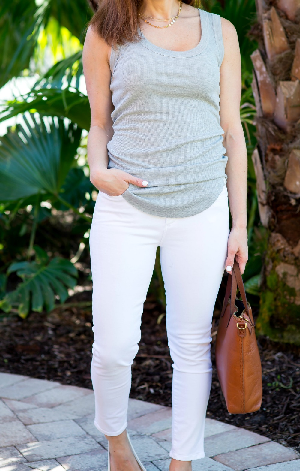 Effortless summer outfit idea - Spring Tank styled by popular Florida style blogger, The Modern Savvy