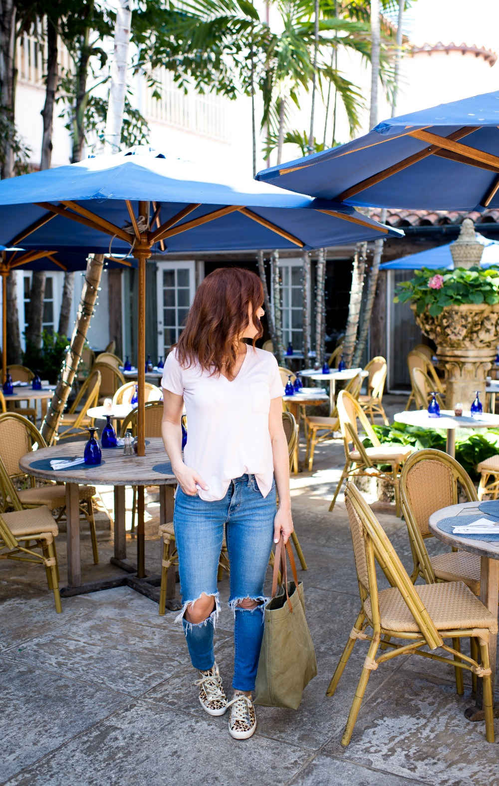 Easy weekend mom outfit inspiration // the modern savvy, a florida life & style blog - How to Style Leopard Sneakers