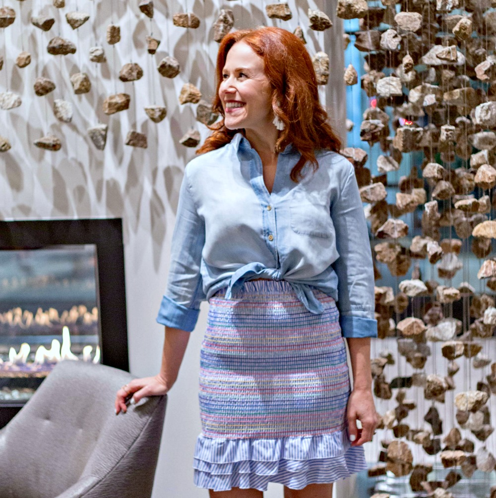 The skirt is also a top -- check out how this blogger styles this under $100 piece two ways for a girls weekend in Nashville // the modern savvy - What I Wore: It's a Shirt AND a Poplin Skirt, featured by Florida style blogger, The Modern Savvy