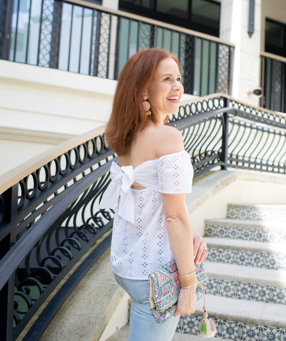 Summer style in Florida // the modern savvy - Casual Cute 4th of July Outfit featured by popular Florida style blogger, The Modern Savvy