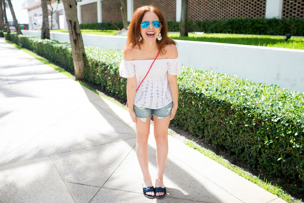 Casual cute 4th of July and summer outfit - Casual Cute 4th of July Outfit featured by popular Florida style blogger, The Modern Savvy