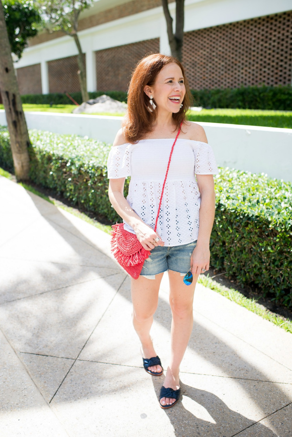 Casual, cute and super easy 4th of July outfit inspiration - Casual Cute 4th of July Outfit featured by popular Florida style blogger, The Modern Savvy