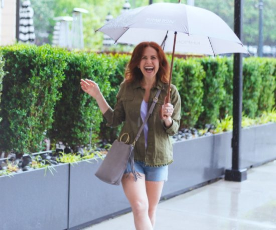 What to Wear on a rainy day // the modern savvy - A Day in the Nashville Rain by popular Florida travel blogger, The Modern Savvy