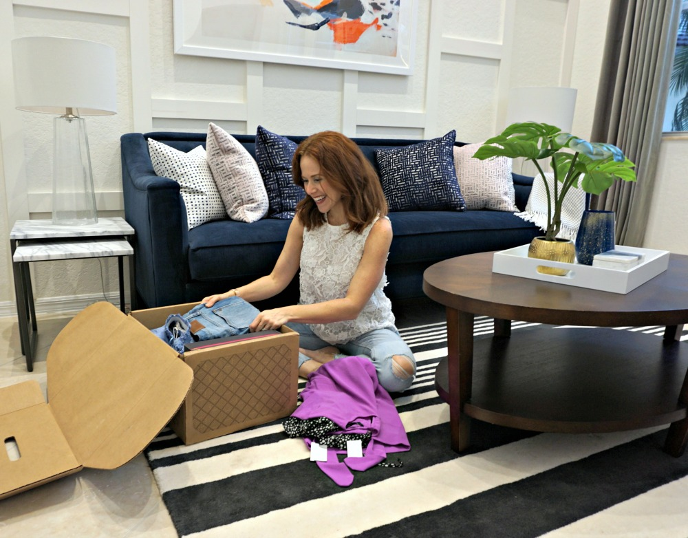 A real girl's honest review of the Trunk Club subscription box - Trunk Club Review (Nordstrom's Subscription Box!) featured by popular Florida style blogger The Modern Savvy