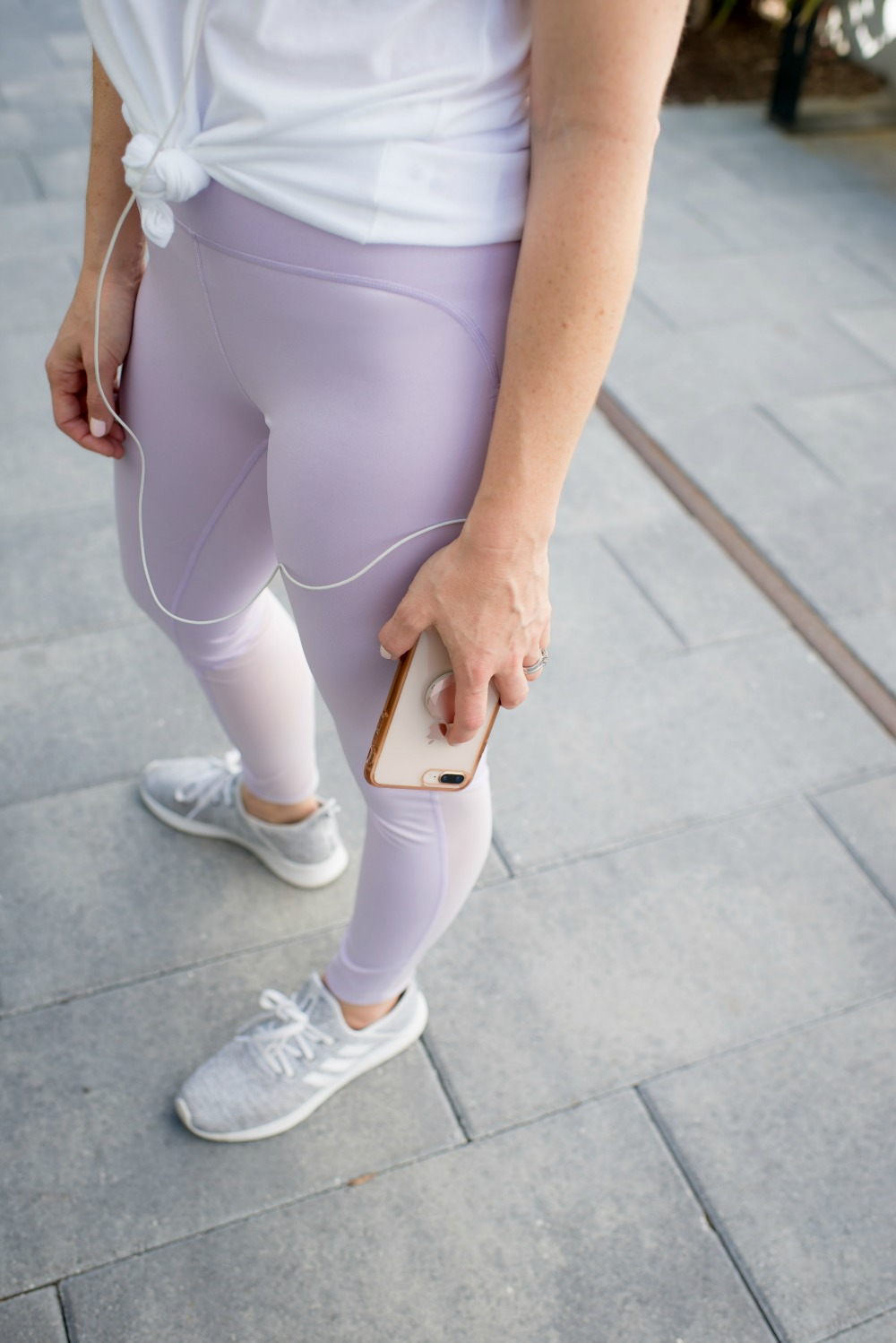 Workout tights that feel like unicorn leggings (and under $30!) - - Workout Vibes + Why You Deserve to Invest In Yourself featured by popular Florida lifestyle blogger The Modern Savvy