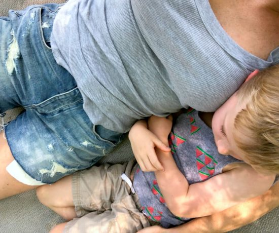 What they don't tell you about adoption; hear the scoop from one adoptive mom & Florida based on blogger // the modern savvy #adoption #family #parenting