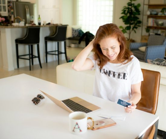 What you should know before starting a business, from a PR consultant and blogger (and mom of two!) // the modern savvy