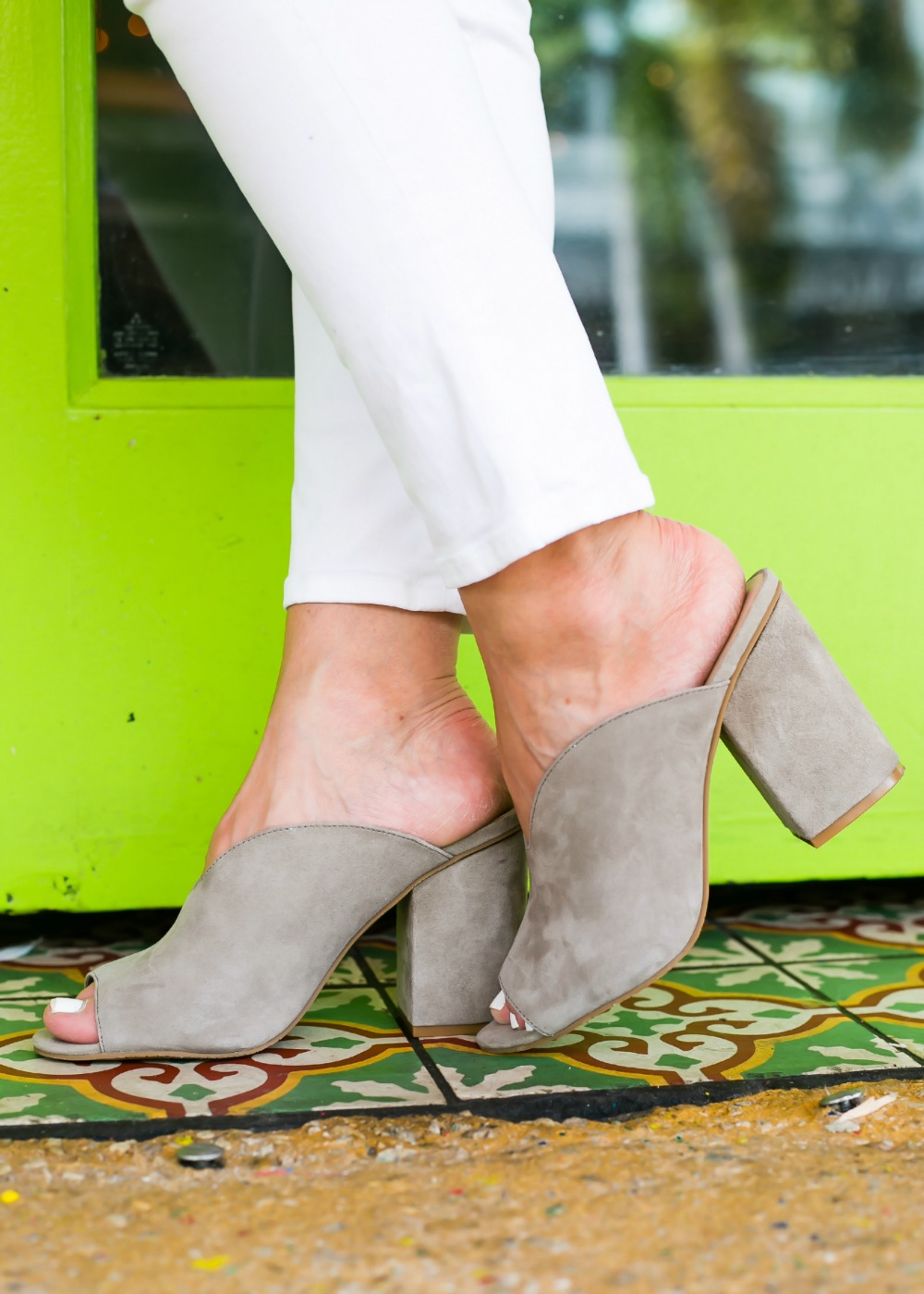 grey mules - Cutest $17 Summer Top, Basically Ever featured by popular Florida style blogger The Modern Savvy