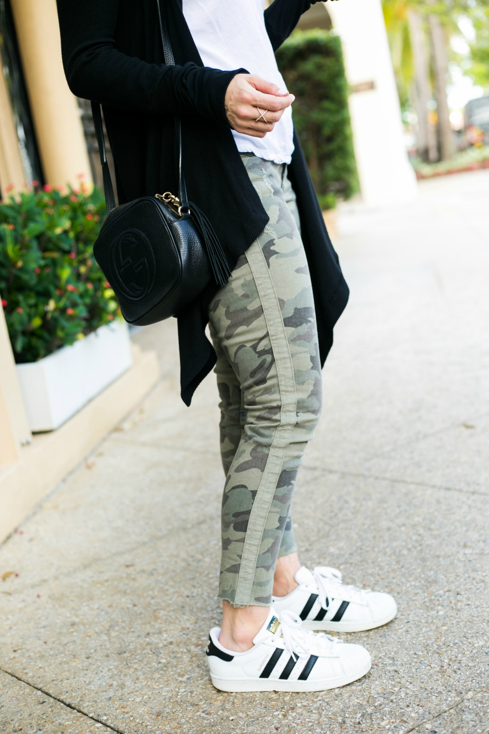 camo pants and adidas superstars: easiest fall weekend style | #fallstyle #casualstyle #weekendwear | Fall Trends in Warm Weather: Zara Camo Pants Two Ways featured by popular Florida fashion blogger The Modern Savvy