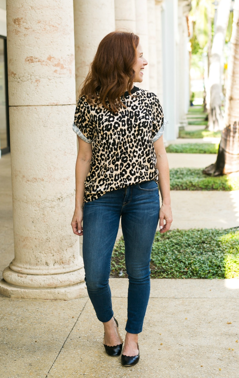 @themodernsavvy #fallstyle #leopard #momstyle   Good American   How real girls can style this fall's biggest trends including leopard   Fall Trends in Warm Weather: Leopard featured by popular Florida life and style blogger The Modern Savvy