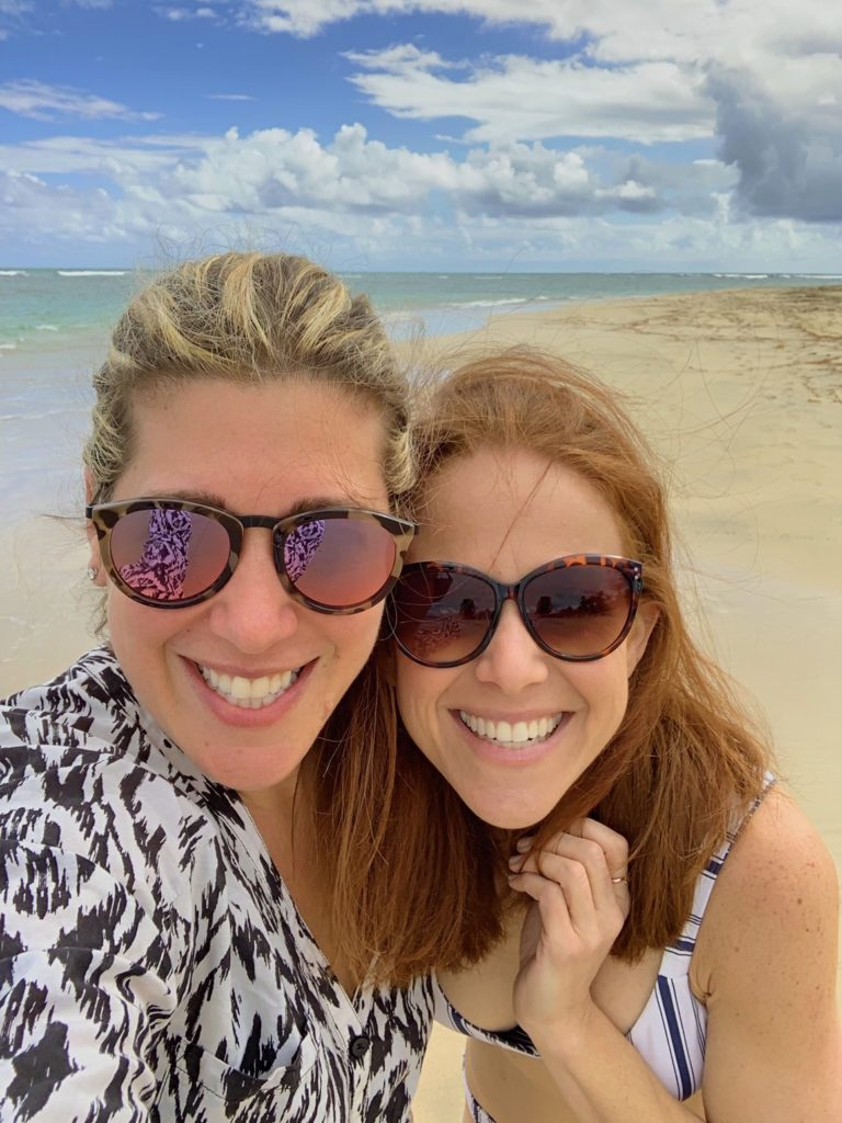 What to Wear in Punta Cana featured by top US fashion blog The Modern Savvy