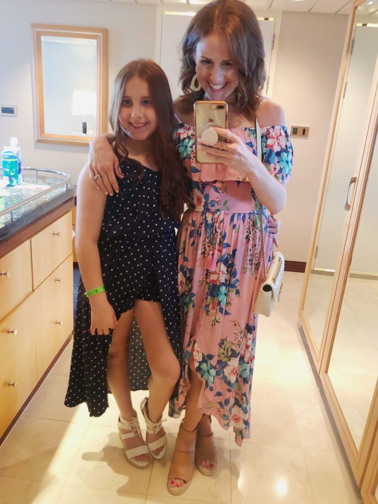 What to wear on a cruise -- mother daughter style